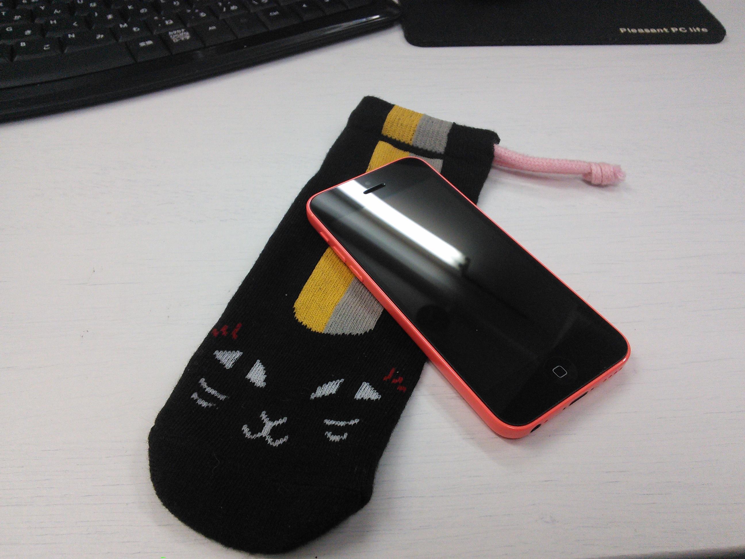 にゃんこ先生とピンクのiPhone5c